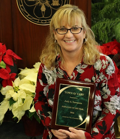 Photo of Judy Newsome Employee of the Year 2016