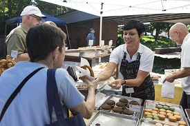Annelore's German Bakery handing out baked goods
